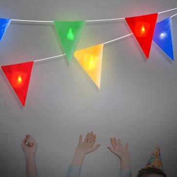 LED Vlaggenlijn opgehanden