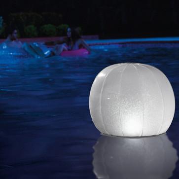 lamp voor het zwembad