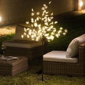 Silhouetboom met LED Blaadjes